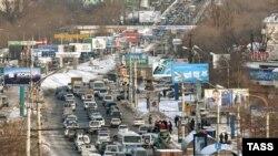 Число автомобилей в Приморье растет обратно пропорционально числу избирателей