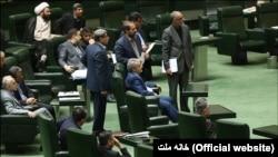 Poslanici u iranskom parlamentu, mart 2016.