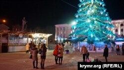 Новогодняя елка в Симферополе