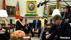 Президент Дональд Трамп жана ханзаада Мухаммед бин Салман жолуккан учур. Вашингтон, 20-март, 2018-жыл.