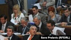 U Parlamentu Crne Gore dominiraju muškarci, maj 2011