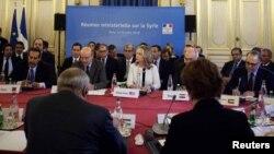 """Предыдущая встреча """"Друзей Сирии"""" в Париже"""