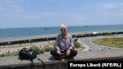 Trabzon, Turcia 2016: Sabina Fati pe zidul Hagiei Sofia