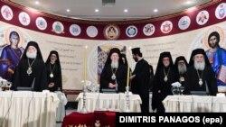 Patriarhl ecumenic Bartolomeu împreună cu șefii Bisericilor Ordodoxe la Înaltul și Marele Consiliu al Bisericilor Ortodoxe de la Iraclion, în Creta
