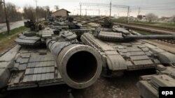 Ուկրաինական բանակի տանկեր Ղրիմում, 28-ը մարտի, 2014թ․