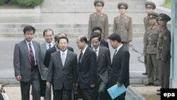قرار است که دور جدید گفت و گوهای شش جانبه در ماه جاری میلادی در پکن از سر گرفته شود.