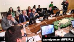 Заседание парламентской комиссии по государственно-правовым вопросам, Ереван, 2 декабря 2019 г․