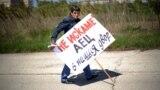 """Протест пред площадката на АЕЦ """"Белене"""" на 25 април 2011 г. по повод годишнина от аварията в Чернобил."""