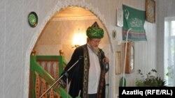 Баш мөфти Тәлгать Таҗетдин чыгыш ясый