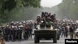 Силы безопасности разогнали сторонников Урмата Барыктабасова в Бишкеке. 5 августа 2010 г