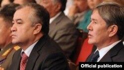 Омурбек Текебаев и Алмазбек Атамбаев.