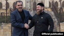 Главы Ингушетии и Чечни Юнус-Бек Евкуров и Рамзан Кадыров, архивное фото