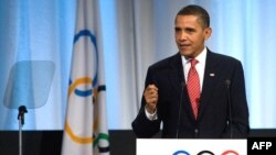Президент США Барак Обама на сессии МОК представляет Чикаго