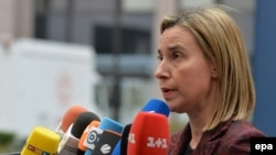 Федерика Могерини, верховный представитель ЕС по иностранным делам во время пресс-конференции на саммите ЕС в Брюсселе.