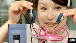 Walkman TPS-L2 - магнитофон, изменивший мир