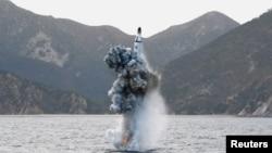 کره شمالی در ابتدای هفته جاری دست به آزمایش موشکهای بالیستیک تازهای زد