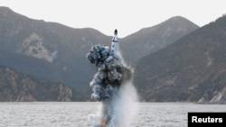 Солтүстік Корея ұшырған баллистикалық зымырандардың бірі (Көрнекі сурет).