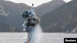 Солтүстік Корея ұшырған зымырандардың бірі (Көрнекі сурет).