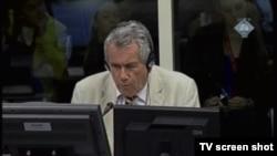Martin Bell u sudnici, 31. siječnja 2013.
