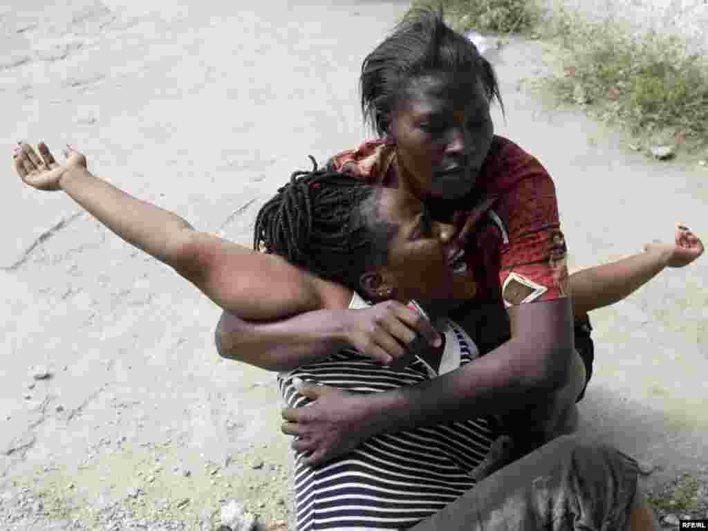 Catastrophe In Haiti #14