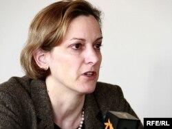 Енн Епплбаум, польсько-американський історик і журналістка єврейського походження