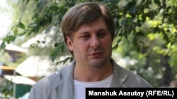 Журналист Денис Кривошеев. Алматы, 12 июля 2016 года.