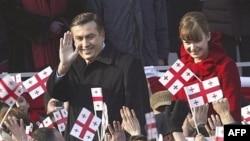 Грузия Президенты Михаил Саакашвили (С) Недерландлы хатыны Сандра белән