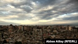 Azerbaijan -- Old Baku's street Sovetski, 03Oct2011