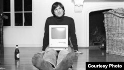 Since Steve Jobs's death in 2011, fresh details have emerged about his trip to Moscow shortly after Mikhail Gorbachev's rise to power.