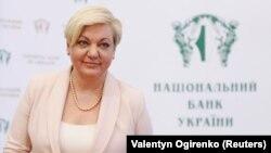 Гонтарева заявила, що в неї «не вистачить коштів» на ті судові процеси, які в цьому випадку її «змусить вести» Коломойський