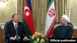 İlham Əliyev və Hassan Rohani.