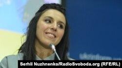 Джамала під час прес-конференції у Києві. 17 травня 2016 року