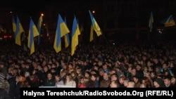 Ukraina, lwowlylar EB integrasiýasyna goldaw bildirýär. 22-nji noýabr, 2013.