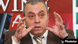 Ermənistanın keçmiş baş naziri, Milli Məclisin deputatı Qrant Baqratyan
