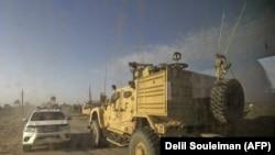 Автомобілі Збройних сил США, які підтримують СДС, поблизу селища Багуз, Сирія, січень 2019 року
