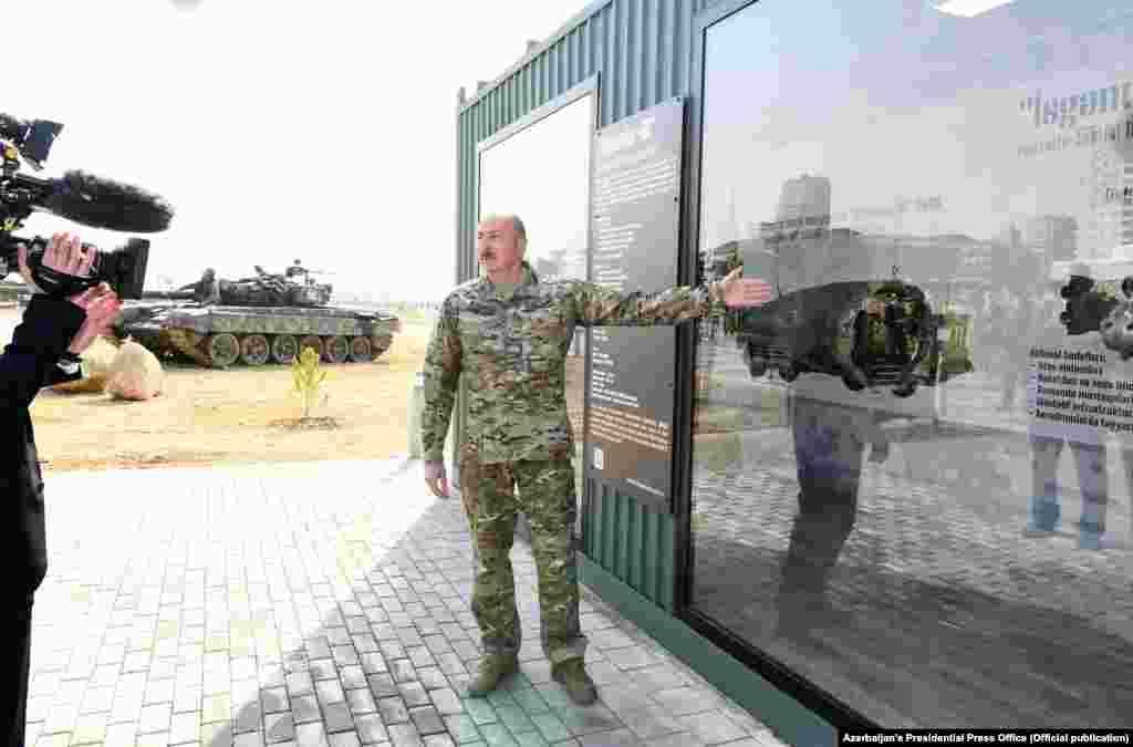 Представлены обломки ракеты «Искандер-М», выпущенной, по словам Алиева, по городу Шуше (арм. – Шуши)