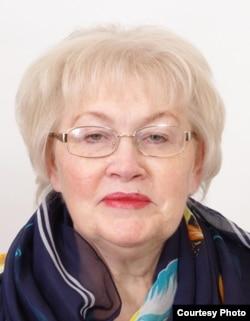 Нэлли Мельц