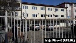 Jelena Krivokapić: Stavili su nas u pat poziciju (na slici: zgrada suda u Severnoj Mitrovici)