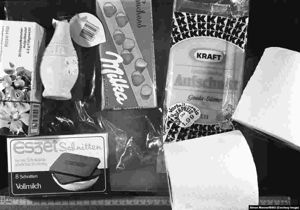 Western treats confiscated by the Stasi. In the GDR, possession of a Western dessert could get someone fired.