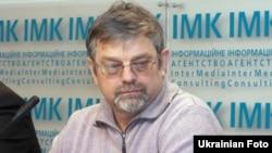 Віктор Небоженко, політолог