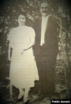 Аляксандар Уласаў з пляменьніцай Верай Ніжанкоўскай. 1920-я гады