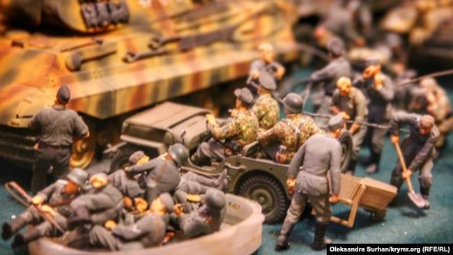 Модели военной техники, созданные Олегом Приходько