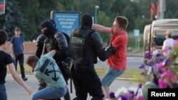 Задержания протестующих в Минске, 10 августа 2020 года.