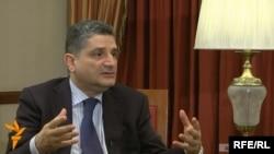 Հայաստանի վարչապետ Տիգրան Սարգսյանը հարցազրույց է տալիս «Ազատություն» ռադիոկայանին, արխիվ