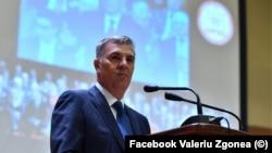Fostul președinte al Camerei Deputașilor, Valeriu Zgonea, are o condamnare în primă instanță de 3 ani închisoare