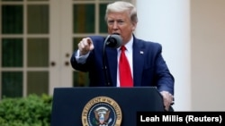 ԱՄՆ նախագահ Դոնալդ Թրամփը ասուլիսի ժամանակ, Սպիտակ տուն, Վաշինգտոն, 14-ը ապրիլի, 2020թ.
