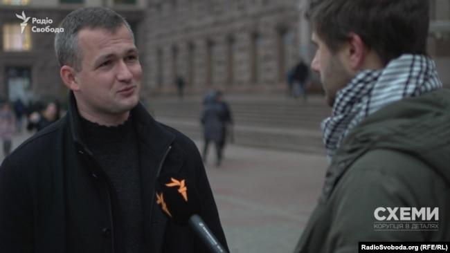 Народний депутат Юрій Левченко каже, що Бондаренко отримав право представляти інтереси всієї Київради у найвищих судових інстанціях