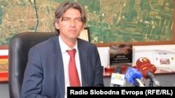 Архивска фотографија-претседателот на Алијансата за Албанците Зијадин Села