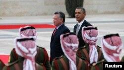 АҚШ президенти Барак Обама Иордания қироли Абдулла Иккинчи билан, Уммон, 2013 йилнинг 22 марти.