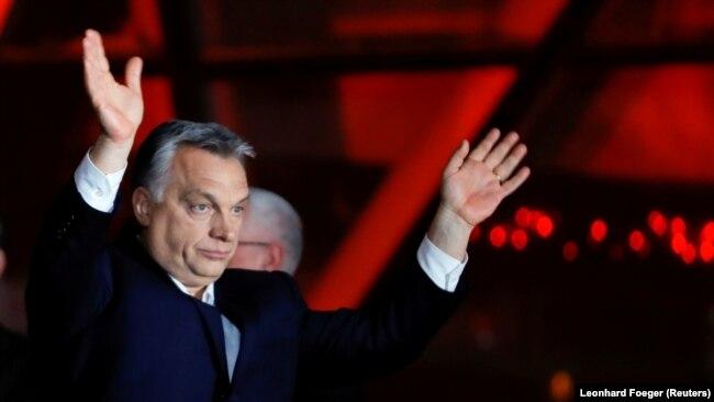 """""""Mislav Kolakušić odmah po objavi rezultata kaže da je njegov uzor Viktor Orban, jer on ima čvrsto pod svojom kontrolom i pravosuđe, medije i državu"""""""